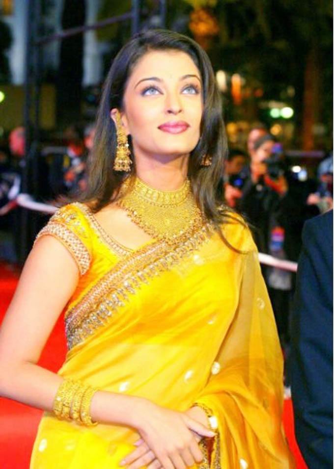 Young Aishwarya Rai Stills