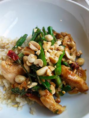 ... : Cast Iron Chicken Peanut Stir Fry with Broccoli Raab & Green Onion