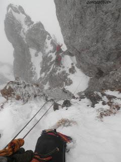 Fernando Calvo , guia de montaña ,Peña Ubiña, canal central , guiasdelpicu