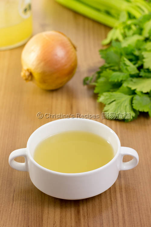 Homemade Chicken Stock | Christine's Recipes: Easy Chinese Recipes ...