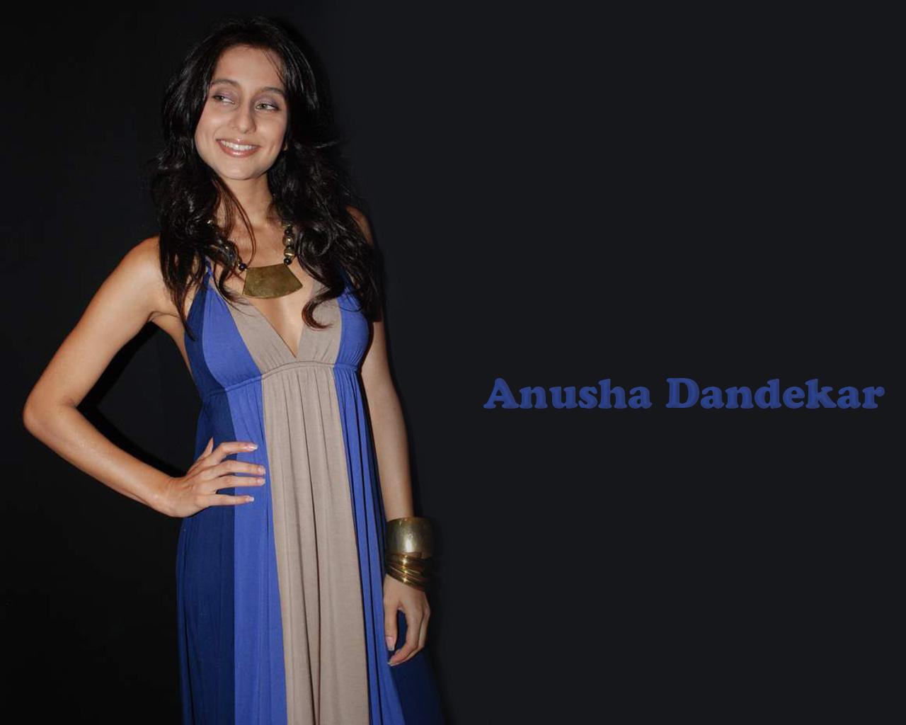 http://3.bp.blogspot.com/-xjuX_GRVjG8/T4aYoNcAQSI/AAAAAAAALa8/8NRlQicOlfo/s1600/Anousha_Dandekar2.jpg
