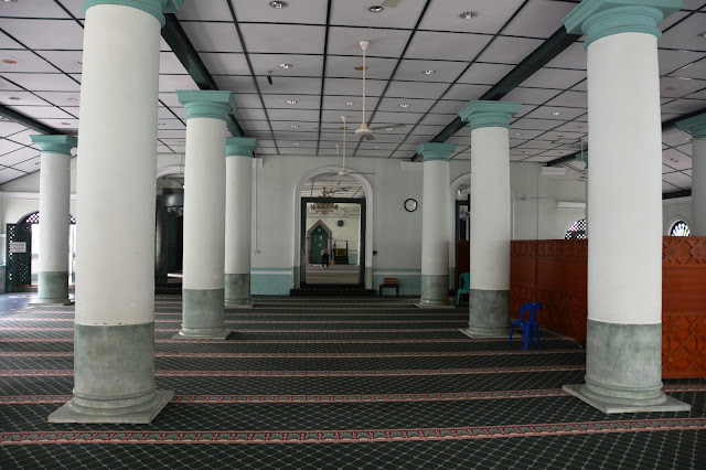 Jamae Chulia Mosque Singapore