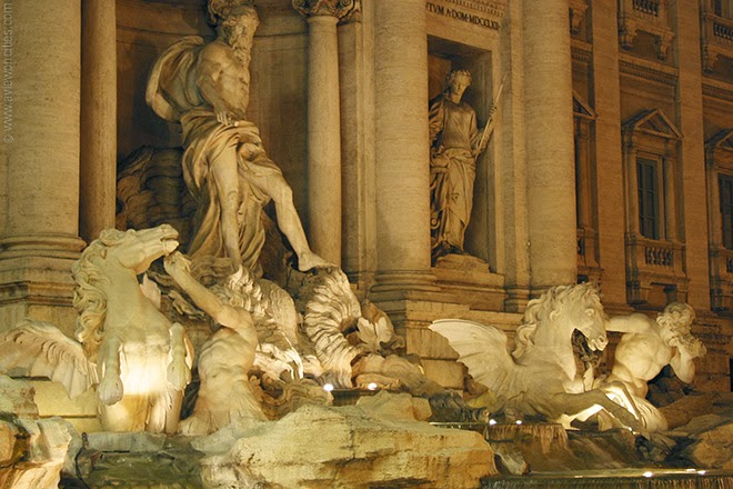 Trevi-Fountain-night