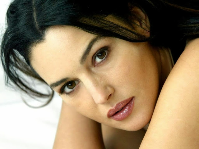 Monica Bellucci Wallpapers Free Download
