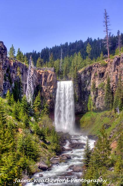 Bend Oregon Tumalo Falls Summer hike Jaime Weatherford