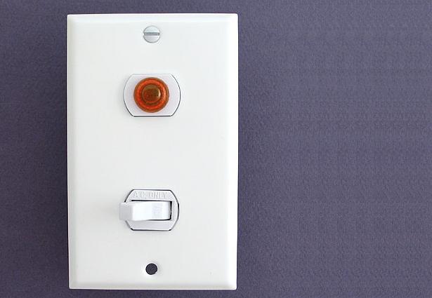 Interruptor con luz piloto conexi n y aplicaci n faradayos - Tipos de interruptores de luz ...