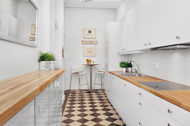 Decoracion funcional para un apartamento nordico - Mesa de cocina alta ...