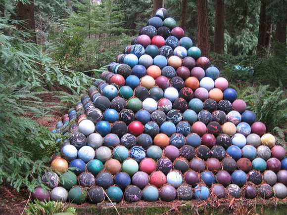 Bowling Ball Pyramid Art Car Central