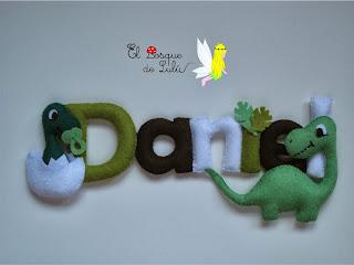 nombre-fieltro-Daniel-dinosaurios-name-banner-decoración-infantil