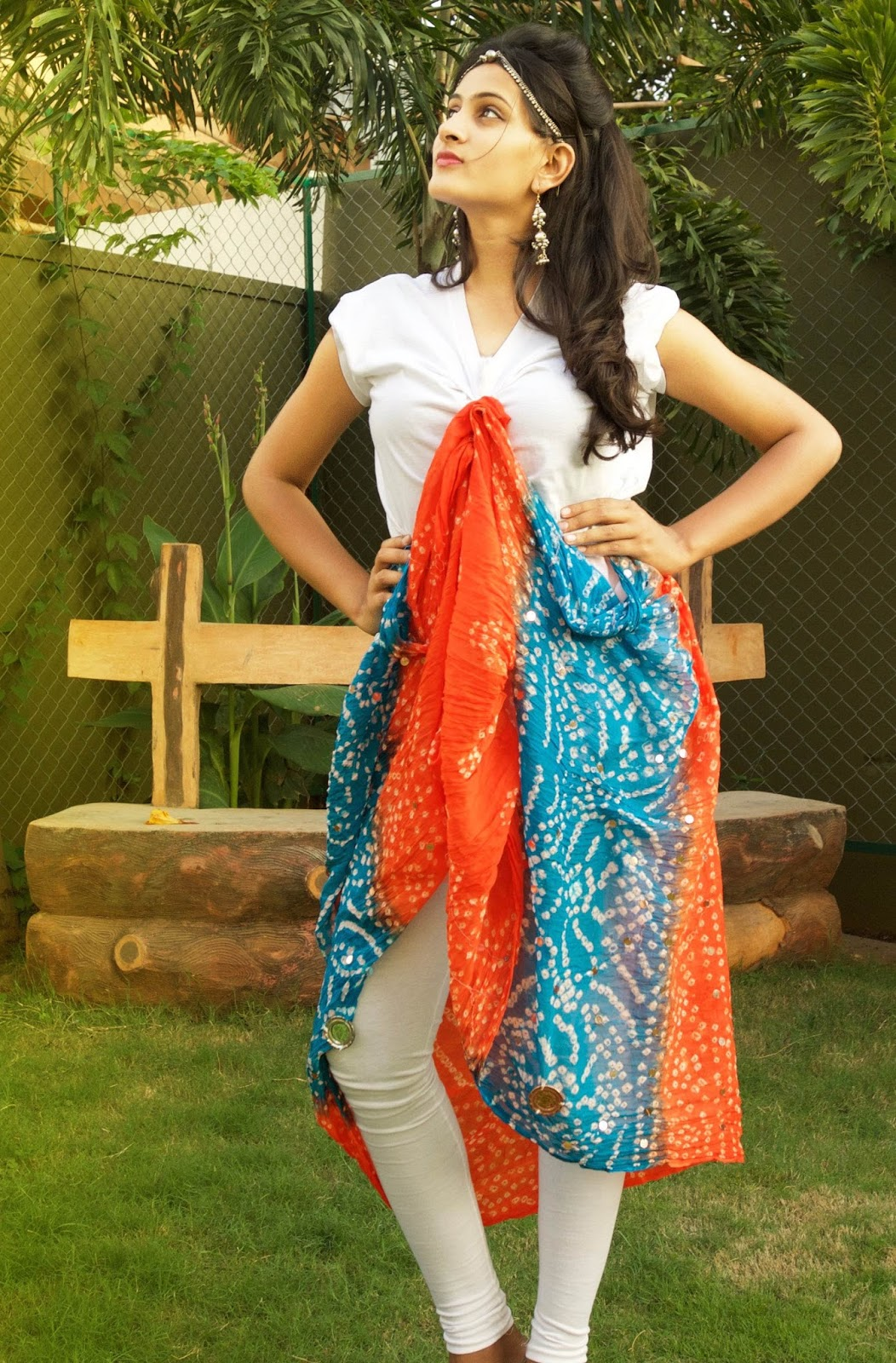 how to style a white tshirt, different styles of tshirt, white tshirt with the skirt, indowestern  lookbook, style a white shirt with scarf