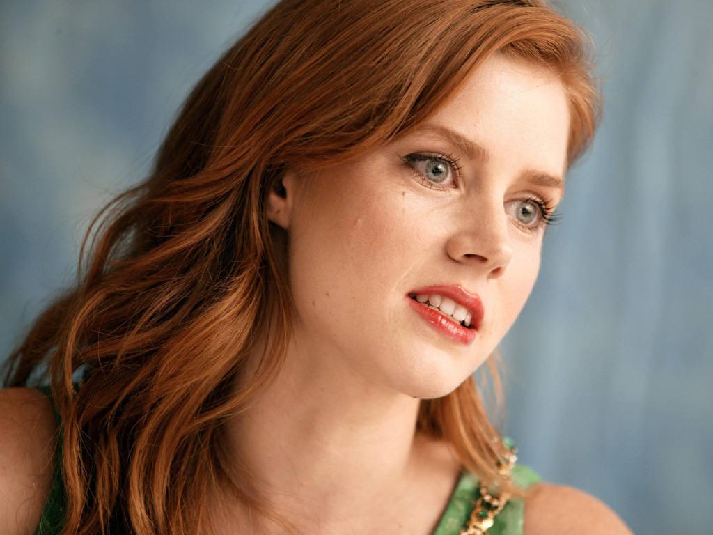 http://3.bp.blogspot.com/-xlPp709zkXw/TcgMXvVJdOI/AAAAAAAAAtw/Yk_l1PPIzys/s1600/Amy-Adams-red-hair.jpg