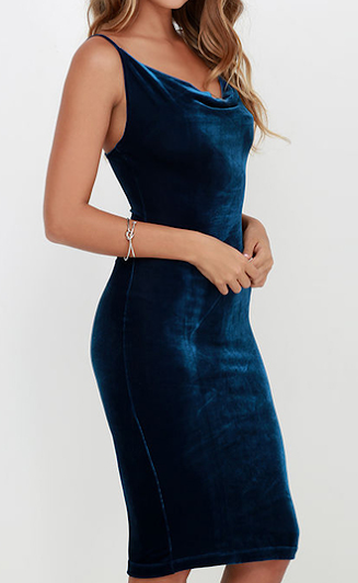 http://www.romwe.com/Deep-Blue-Spaghetti-Strap-Velvet-Pencil-Dress-p-140582-cat-664.html?utm_source=simply2wear.com&utm_medium=blogger&url_from=simply2wear