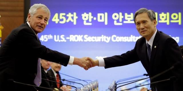 Kerja sama militer baru kedua negara. | lee jin-man / pool / afp