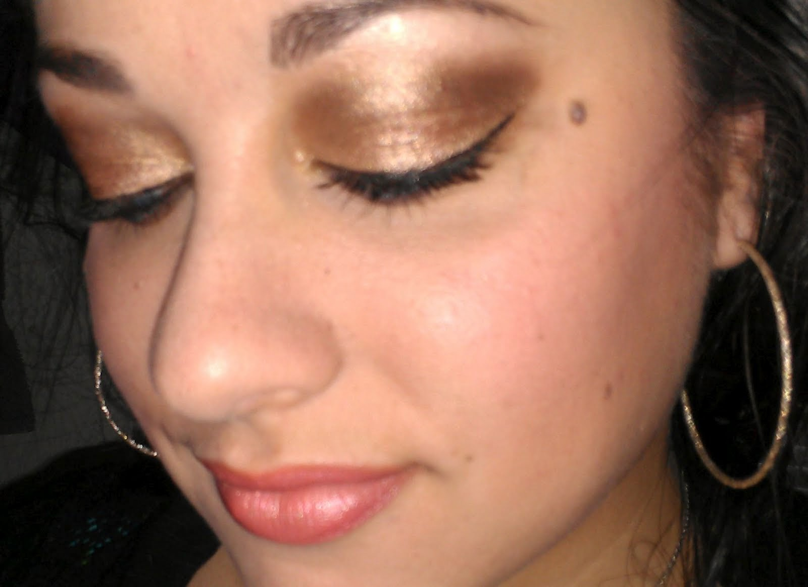 Golden bronze eyes makeup tutorial b g fashion this is goldenbronze eyes makeup which is essentially most applying makeup among women these days for party occasions or formal functions baditri Image collections