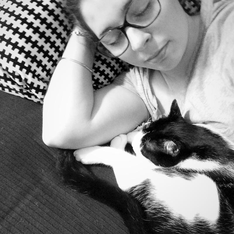 sieste avec chat