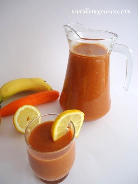 Domowy Kubuś (Sok marchewkowo-jabłkowo-bananowy)