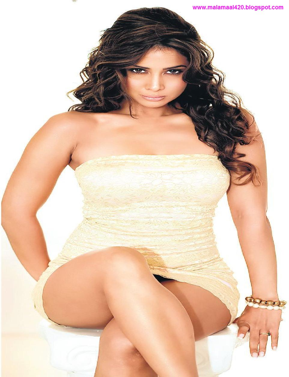 kim sharma hot nude