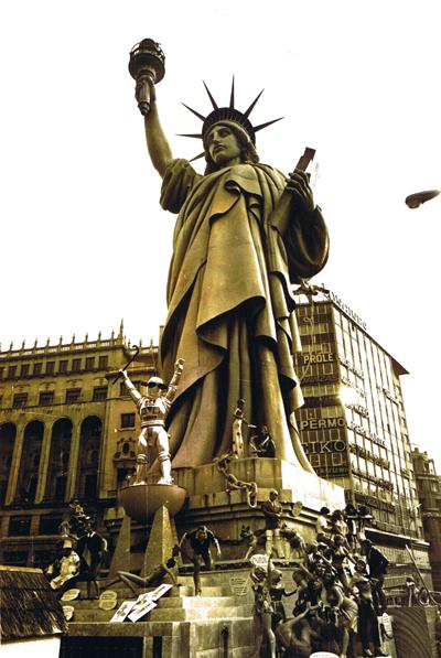 http://www.4shared.com/download/dsM_VoEPba/Estatua_Libertad-1973-Ninots.png