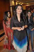 Anushka glamorous photos gallery-thumbnail-3