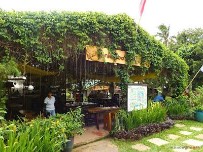 Mango Tours Tagaytay Paradizoo Cafe