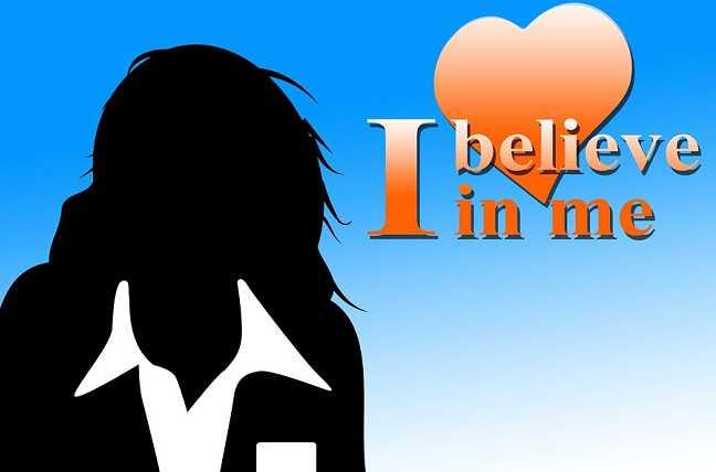4 Rasa Takut Para Karyawan Wanita Saat Bekerja Di Kantor Tapi Bukan Karena PHK