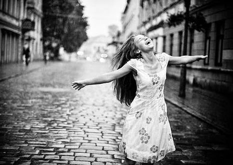 Feel Happy Girl