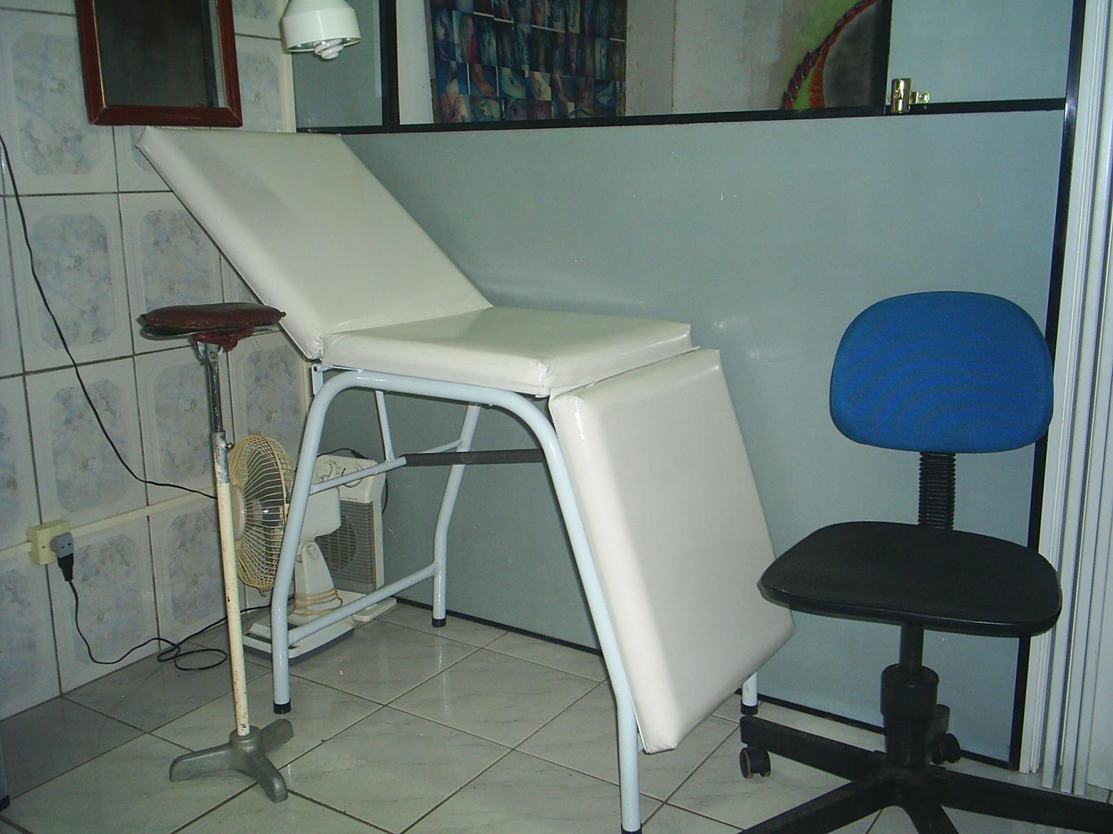 http://3.bp.blogspot.com/-xmsVnxEZzMA/TbJjdZ55oMI/AAAAAAAAAK8/FfzUovvVIhk/s1600/fontitattoo+studio+012.jpg