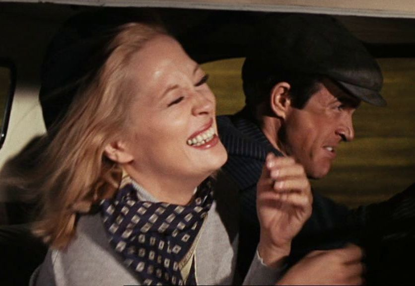bonnie clyde film analysis Qi : quite interesting  after they fled one hideout in april 1933 the police discovered several rolls of undeveloped film and some  bonnie and clyde.