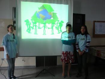 """Meio Ambiente: Apresentação de Seminário sobre """"Reciclagem"""""""