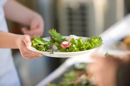 egészséges táplálkozás, saláta, piknik, kerti party