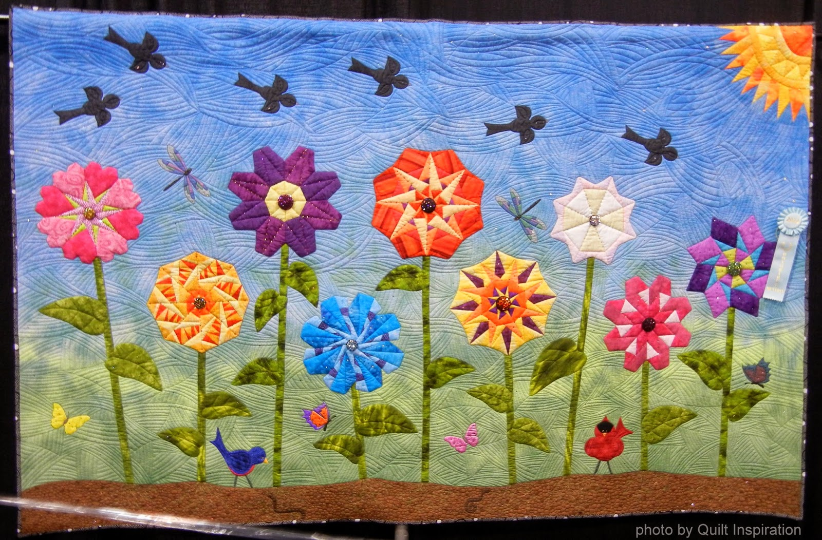 Quilt Inspiration: Bloooming beauties: Fun flower quilts