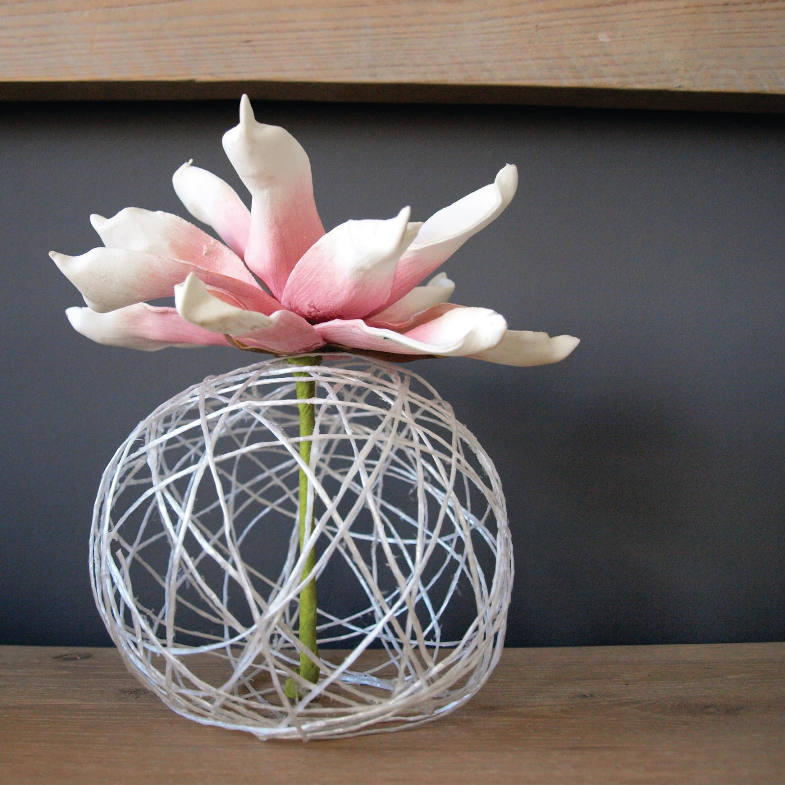 Sweet september diy home and design blog tutorial diy for Air vase
