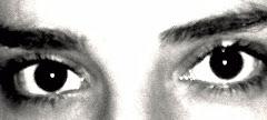 Una mirada es suficiente. Para ocultar y para enseñar.