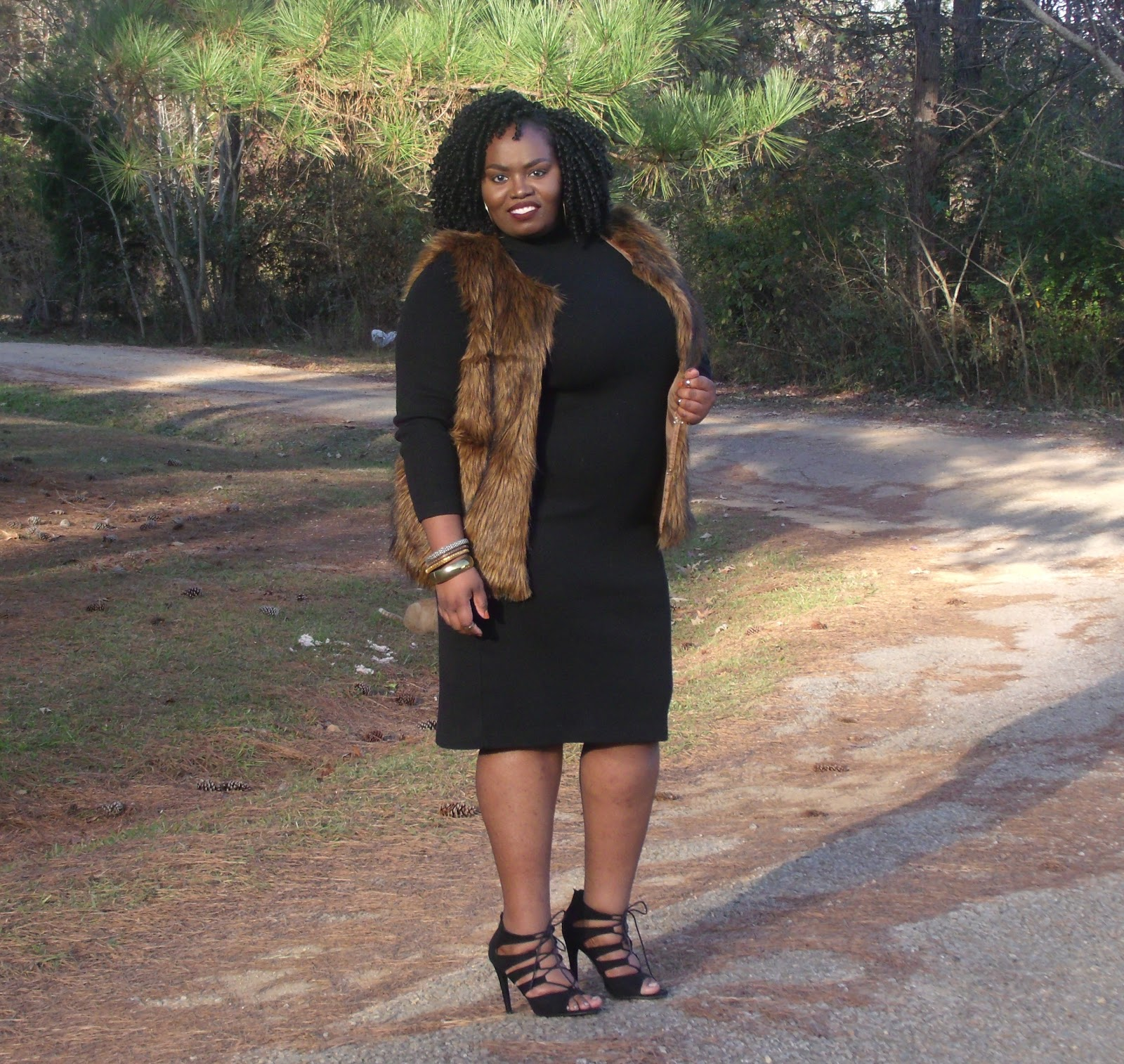 curvy southerner: faux fur+sweater dress