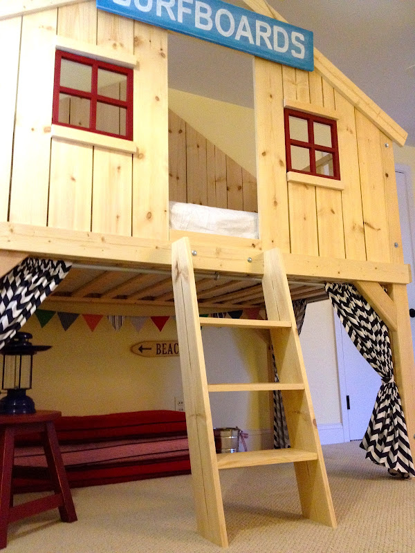 Bunk bed tree house diy