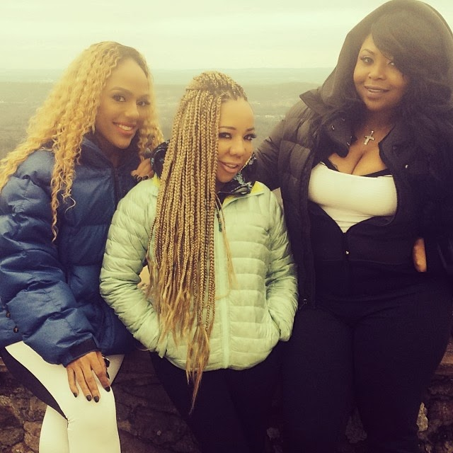 TINY & BFF SHEKINAH SNAP ON A FOLLOWER ABOUT THOSE TI & TINY DIVORCE RUMORS - DivaSnap.com