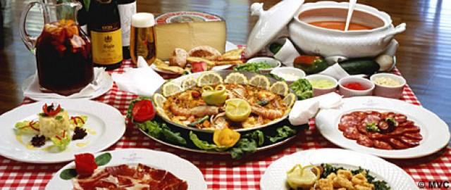Готовый кеймада разливается порционно подаётся тёплым употребляется за приятной