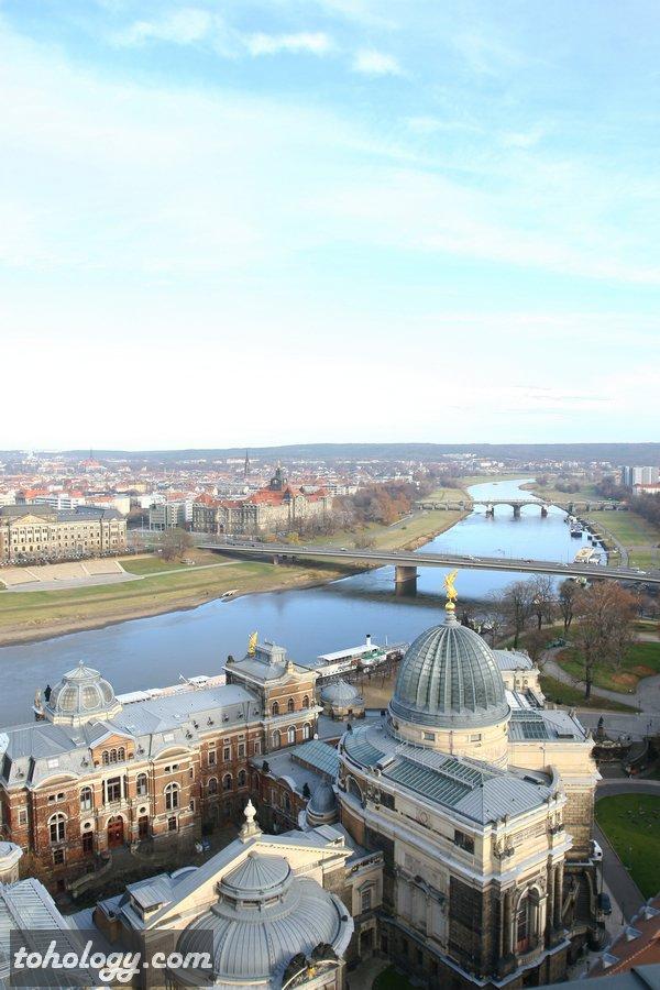 The Elbe river in Dresden from Frauenkirche / Эльба в Дрездене со Смотровая площадка Фрауэнкирхе