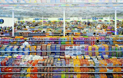 6 - 99 Cent II, Diptychon, Andreas Gursky (2001) US$ 3,3 millones