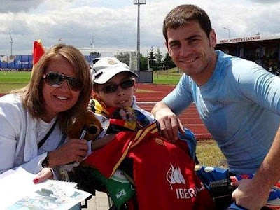Dawid Zapisek and Iker Casillas in Poland last summer