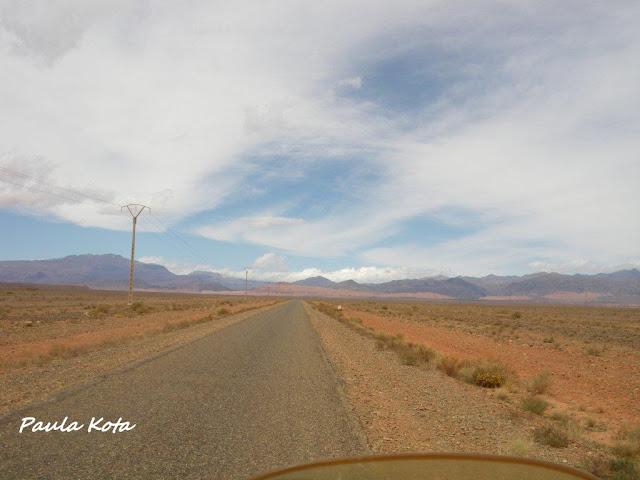 Na Terra do Sol Poente - Viagem a solo por Marrocos - Página 2 IMGP0373