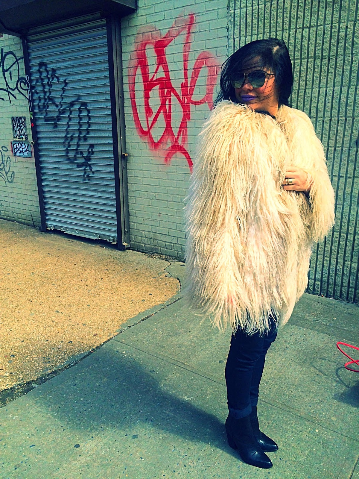Olivia Inkster vintage coat, New York City fashion blogger, best NYC Brooklyn writer, fashion and style writer, Brooklyn girl look, boho winter outfit, boho coat seventies, almost famous outfit lookalike, where to shop vintage new york