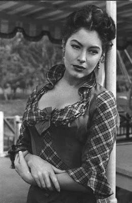 Ruffles Amp Whiskers Old Hollywood Inspiration Ava Gardner