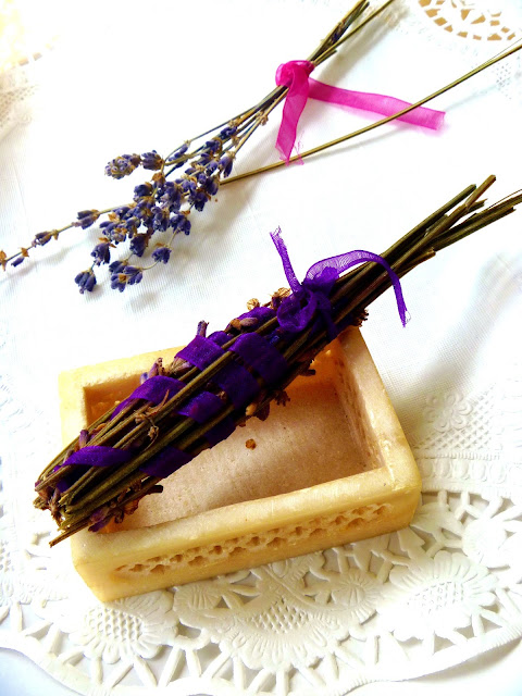 How to make your own lavender wand gifts on gift style blog Gave That