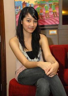 Biografi dan Foto Profil Biodata Lengkap Niken Anjani
