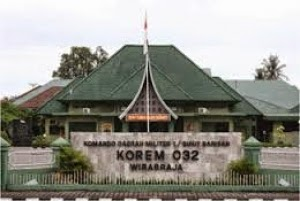 450 prajurit Korem Wirabraja diterjunkan ke Papua