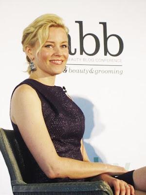Elizabeth Banks, Who Plays Effie Trinket In The Hunger Games, Turned