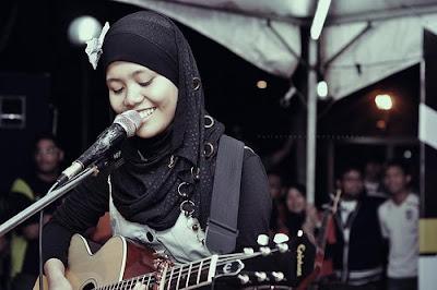 Najwa Latif - Kosong Lirik