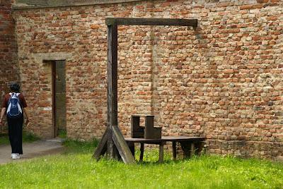 הגרדום במחנה הריכוז