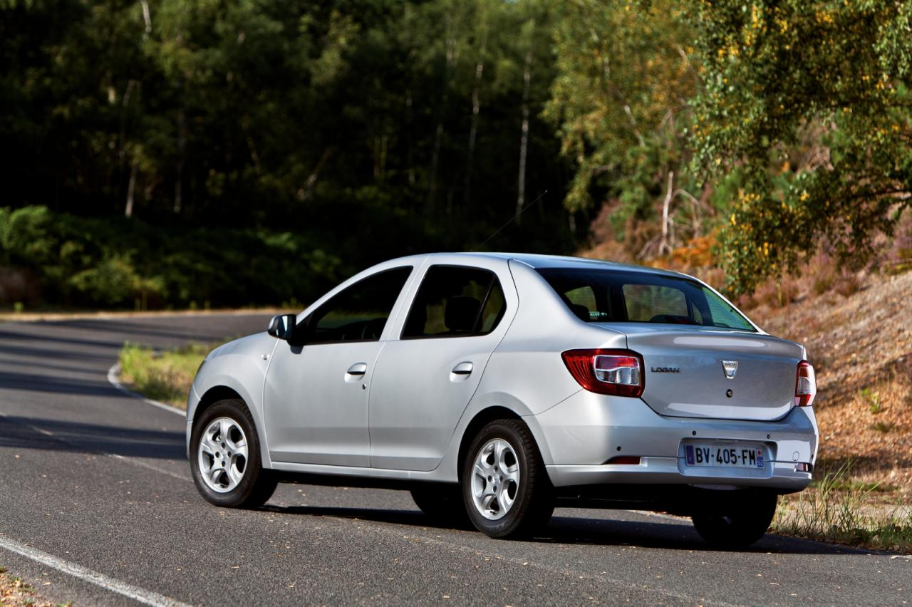 Dacia+Logan+2.jpg